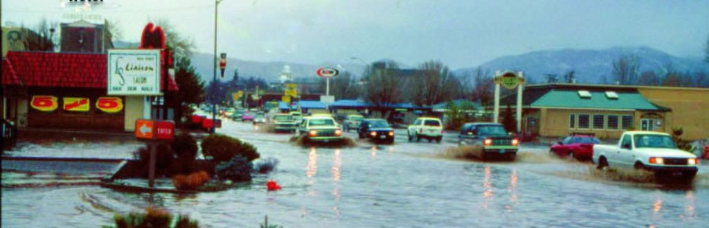 97-floodCarson-Street
