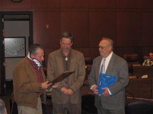 Dan Kaffer is awarded the 2009 Andy Aldax Award by CWSD Chairman Bob Milz and Andy Aldax.